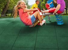 Fallschutzmatten & Spielplatzböden