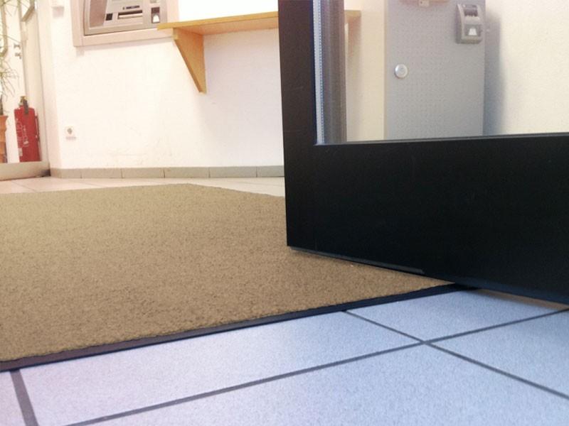 schmutzteppich. Black Bedroom Furniture Sets. Home Design Ideas